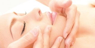 Win an iS Clinical Fire & Ice Treatment worth £85!