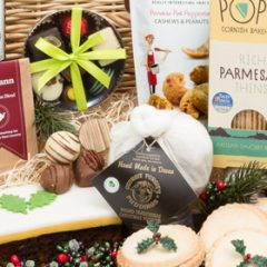 Win a Delimann Christmas Grande Celebration Hamper