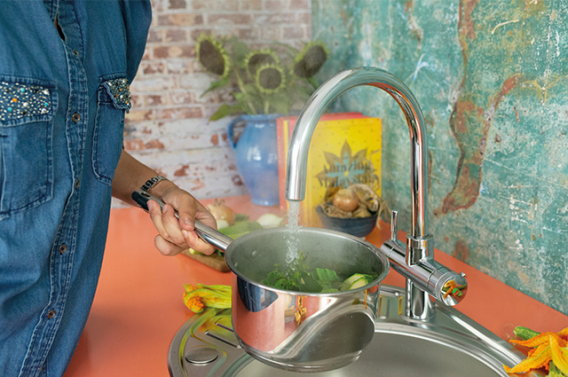 Win a QETTLE Boiling Water Tap and Installation worth over £750!